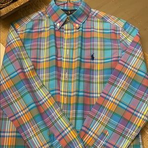 In excellent condition, boys dress shirt; 14-16